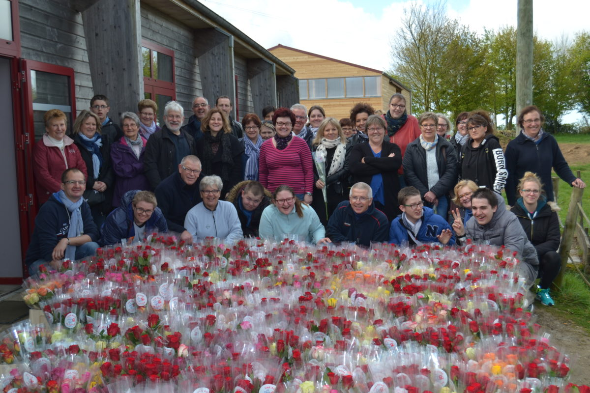 Une Rose un Espoir : Tous mobilisés contre le cancer