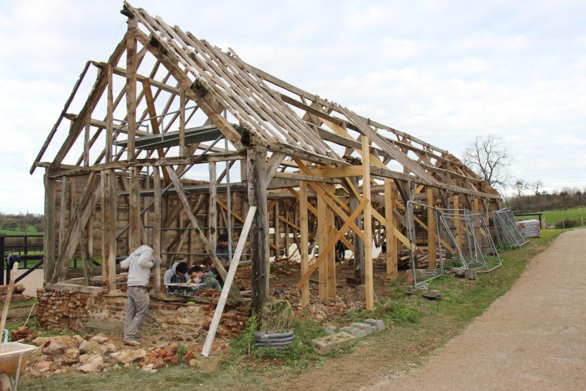 Restauration d'un chartil à la Maison du Cheval Boulonnais